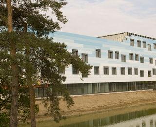 Die neue Schule wird im Herbst eröffnet.