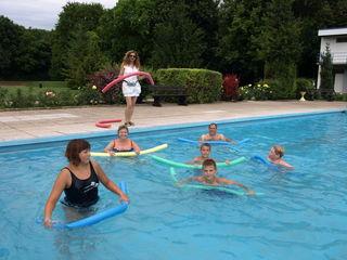 rotz unfreundlichen Wetters fanden sich einige zur Aquagymnastic im Parkbad Reyersdorf.