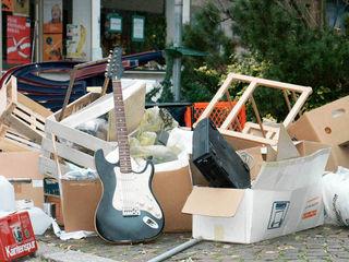 Der Müll verschandelt das Ortsbild, das soll sich ändern.