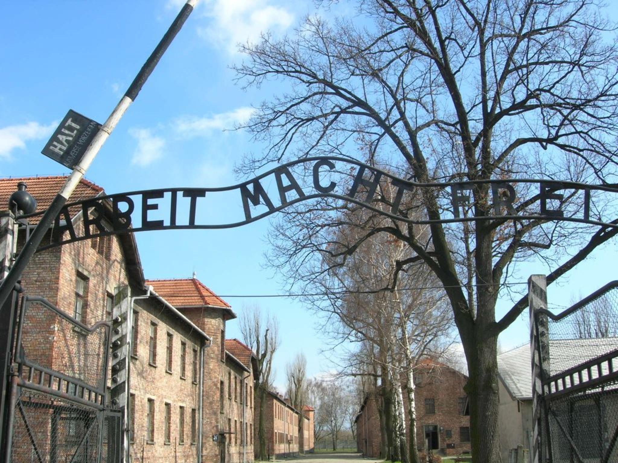 Die Erinnerung bewahren: Eine Studienreise nach Auschwitz ...