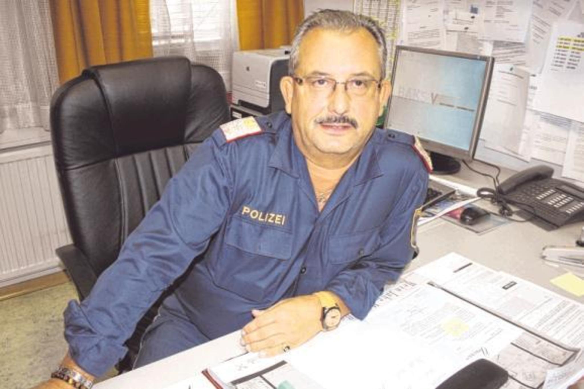 Simmering polizisten kennenlernen - Frauen aus