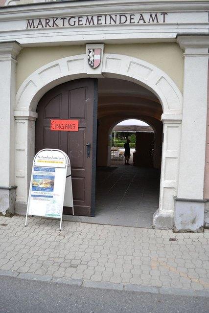 St. Leonhard in Melk - Thema auf carolinavolksfolks.com