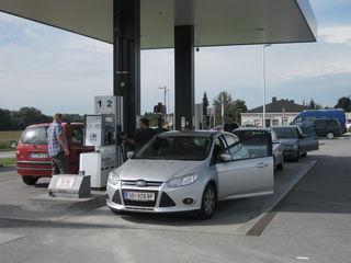 Die Hofer-Tankstelle in Schärding ist häufig eine der fünf billigsten im Bezirk.