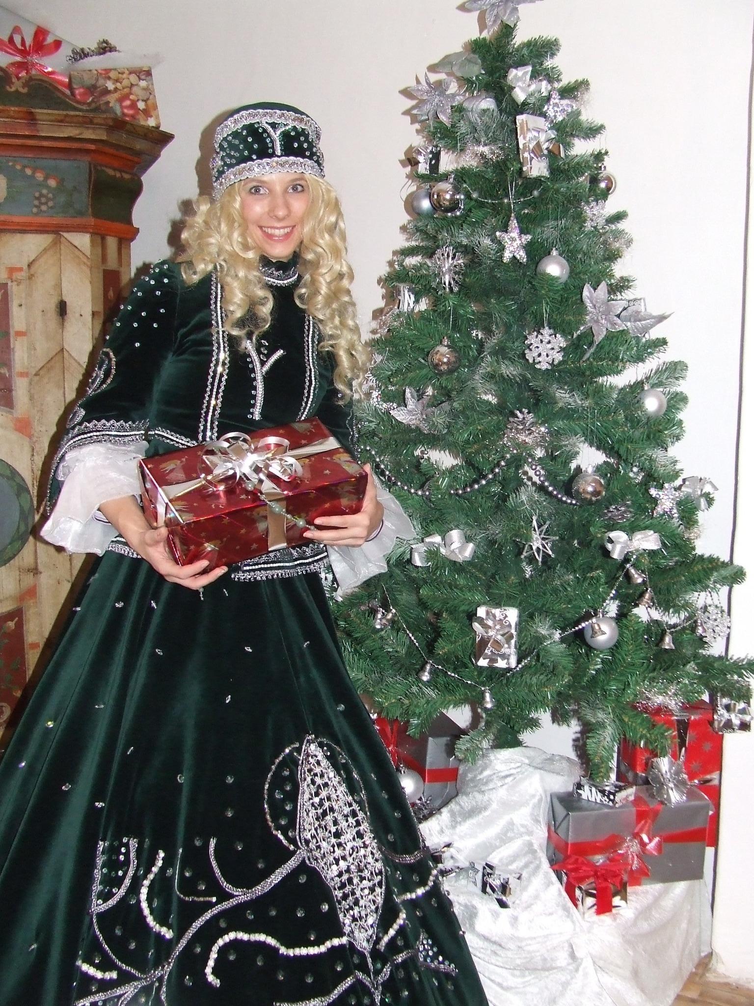 Weihnachtsmuseum Zeigt 14 000 Stuck Christbaumschmuck Steyr