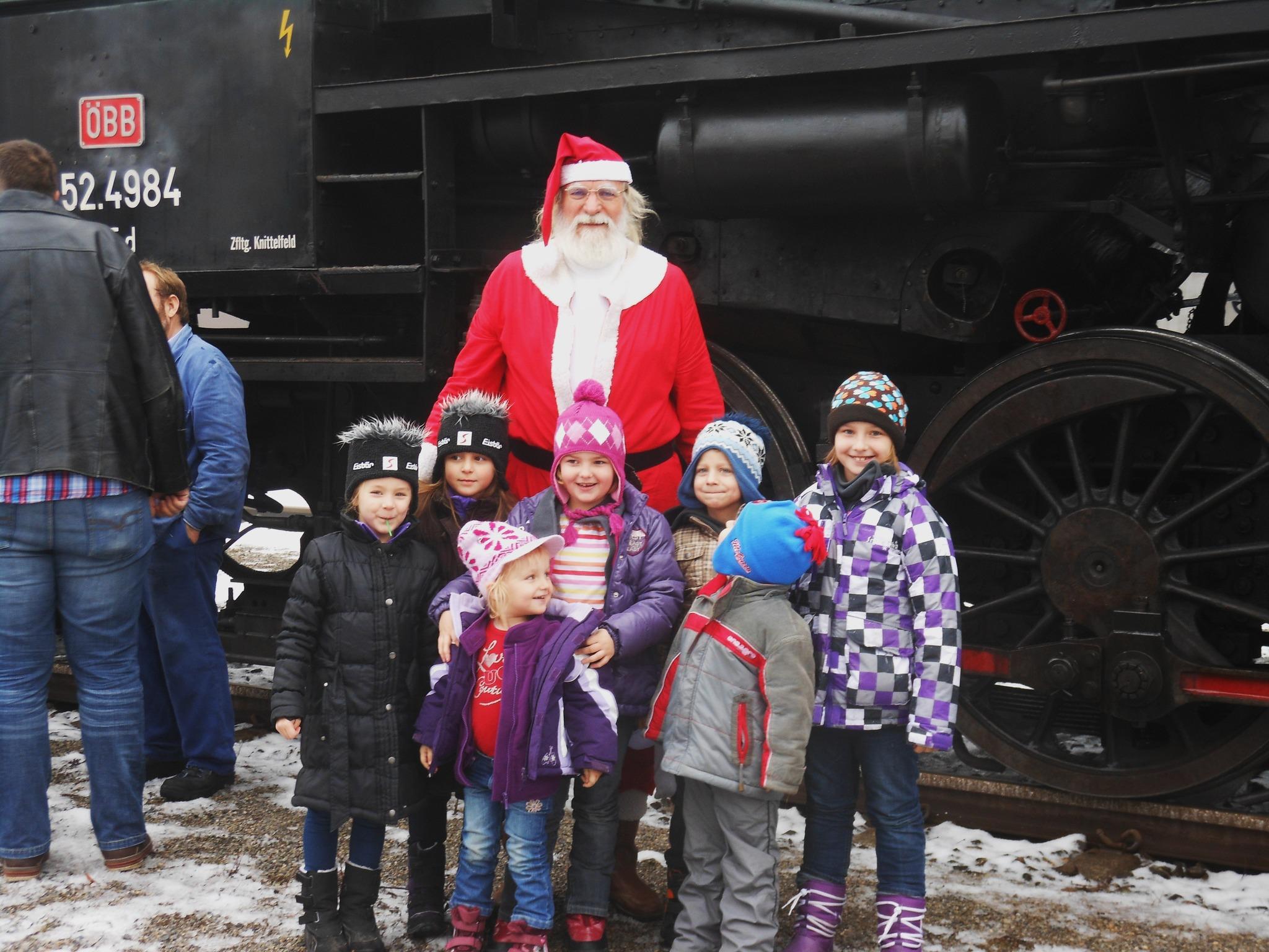 Dampfsonderzug mit Weihnachtsmann - Wiener Neustadt