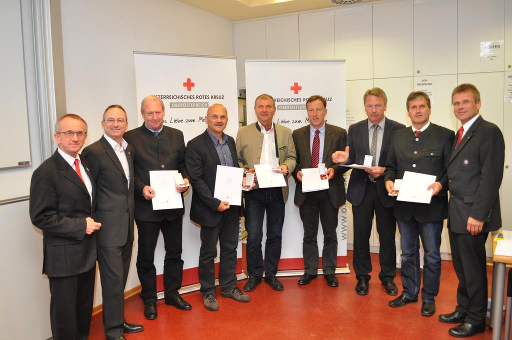 Rotes Kreuz Bezirkstelle Braunau Rot Kreuz Bezirksstellenleiter Bh