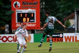 Union Neuhofen siegte beim SV Garsten durch einen Elfmeter kurz vor Schluss mit 2:1.