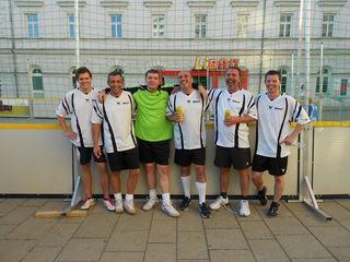 Die Mannschaft: Michael Nyman, Peter Powolny, Tormann Rene, Kurt Huber, Andreas Czervenka und Andreas Kurz.
