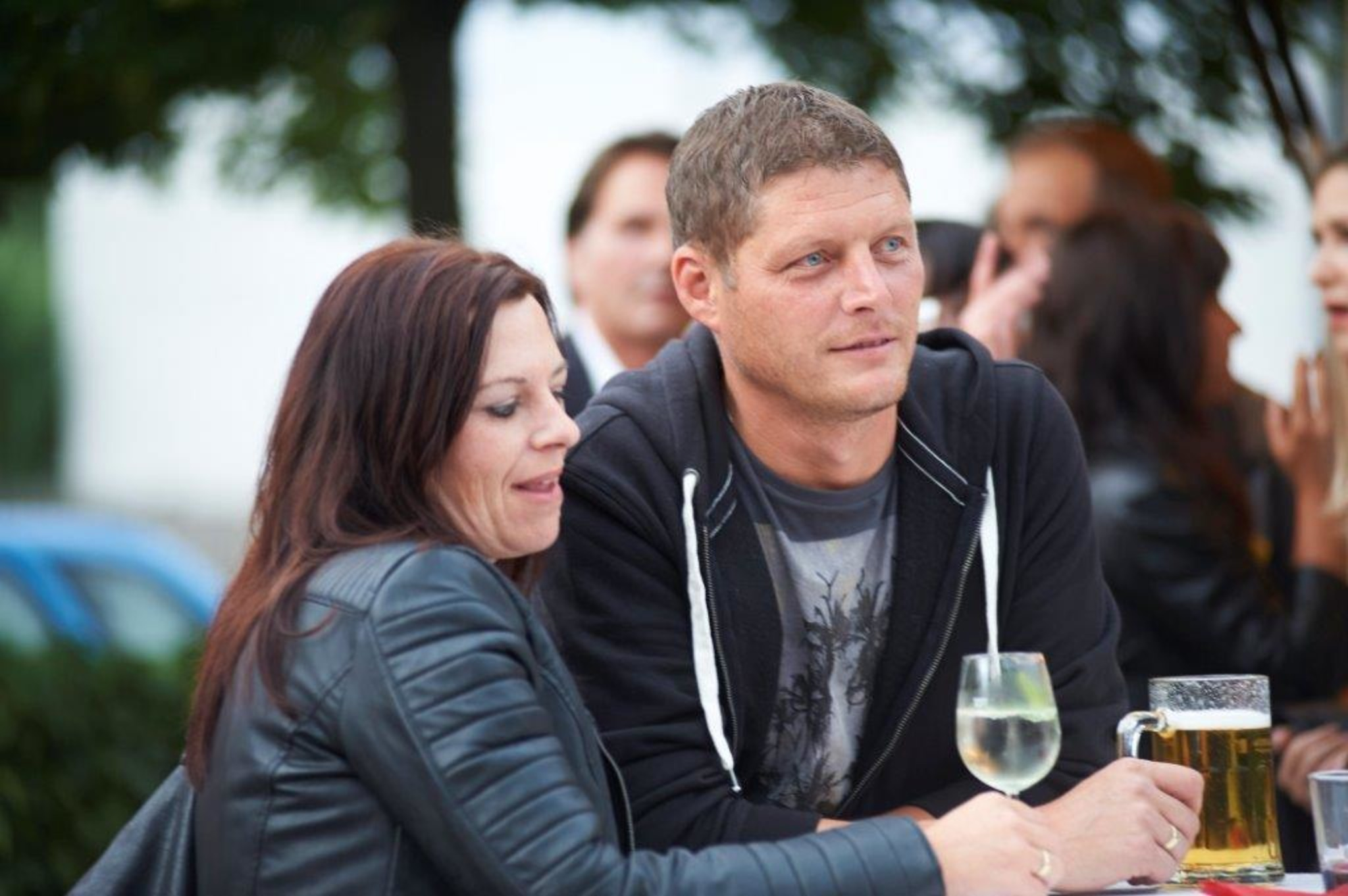 Wels-land dating berry Sextreffen im wald graupa - Sex treffen iserlohn