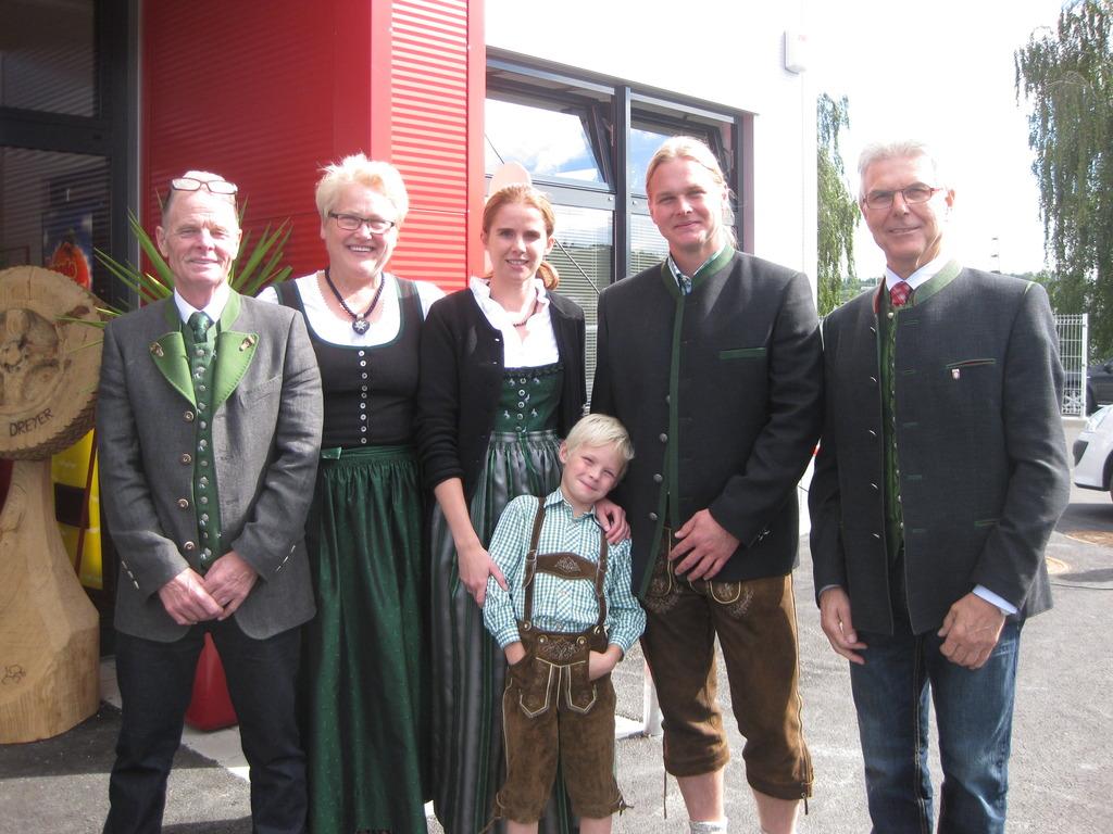 Reifen Dreyer eröffnete neues Firmengebäude - Voitsberg