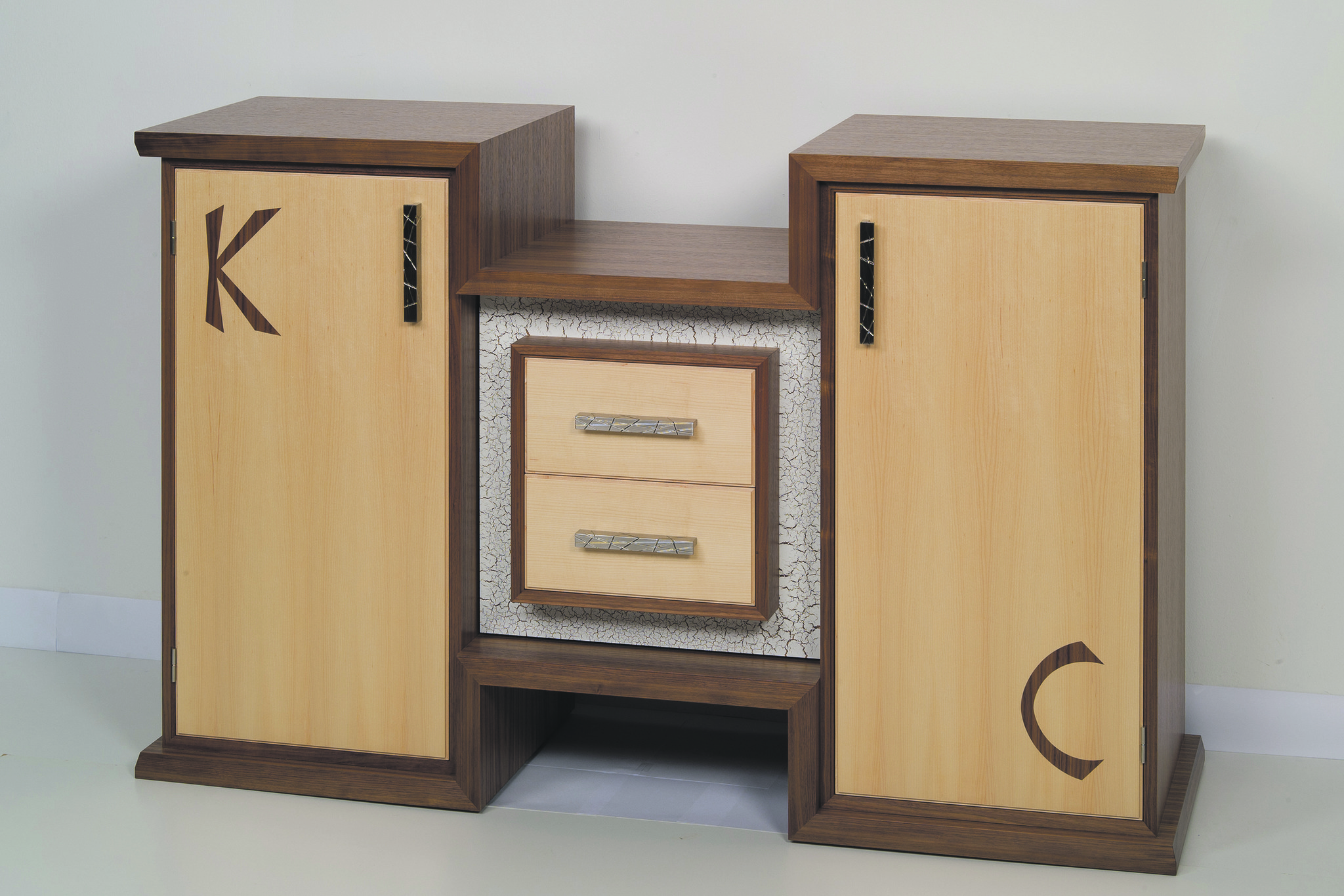 abstimmen f r eggelsberger tischler braunau. Black Bedroom Furniture Sets. Home Design Ideas