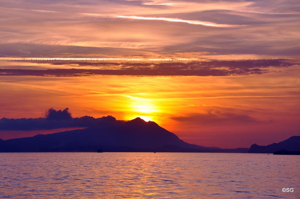 Nicht Bei Capri Bei Ischia Geht Die Sonne Unter Klagenfurt