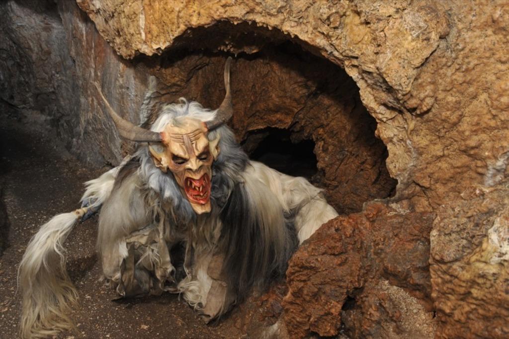 In dieser Höhle hausen die Perchten - Neunkirchen
