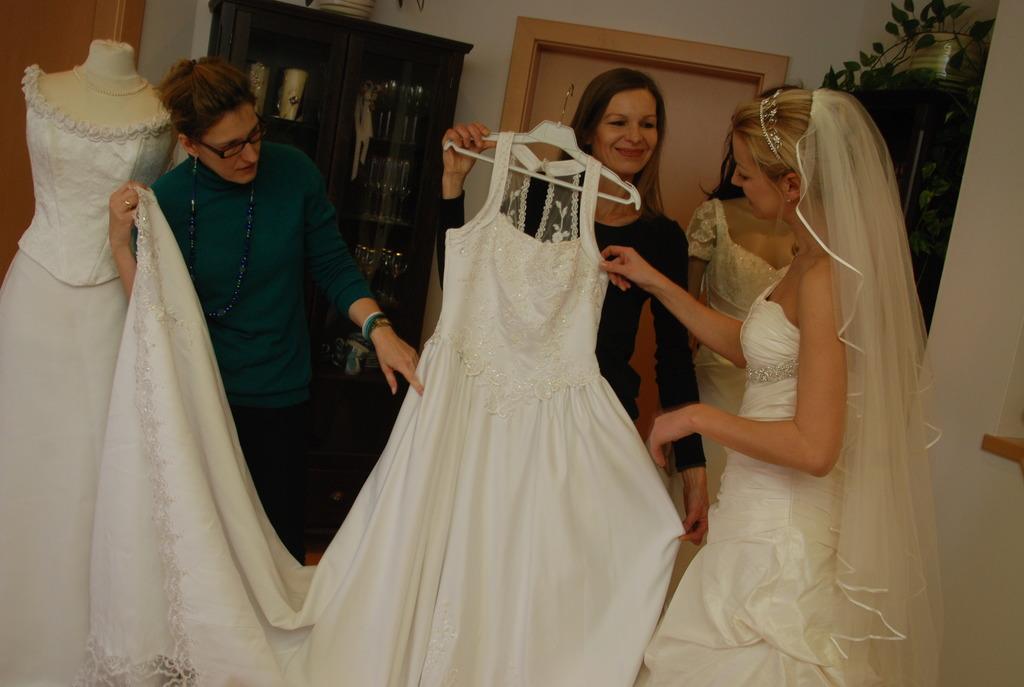 Brautkleid Bleibt Brautkleid Weiz