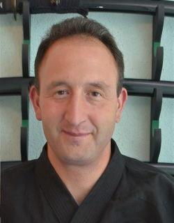 Der Guttaringer Gerd Ueßler betreibt seit über zwanzig Jahren Kampfsport