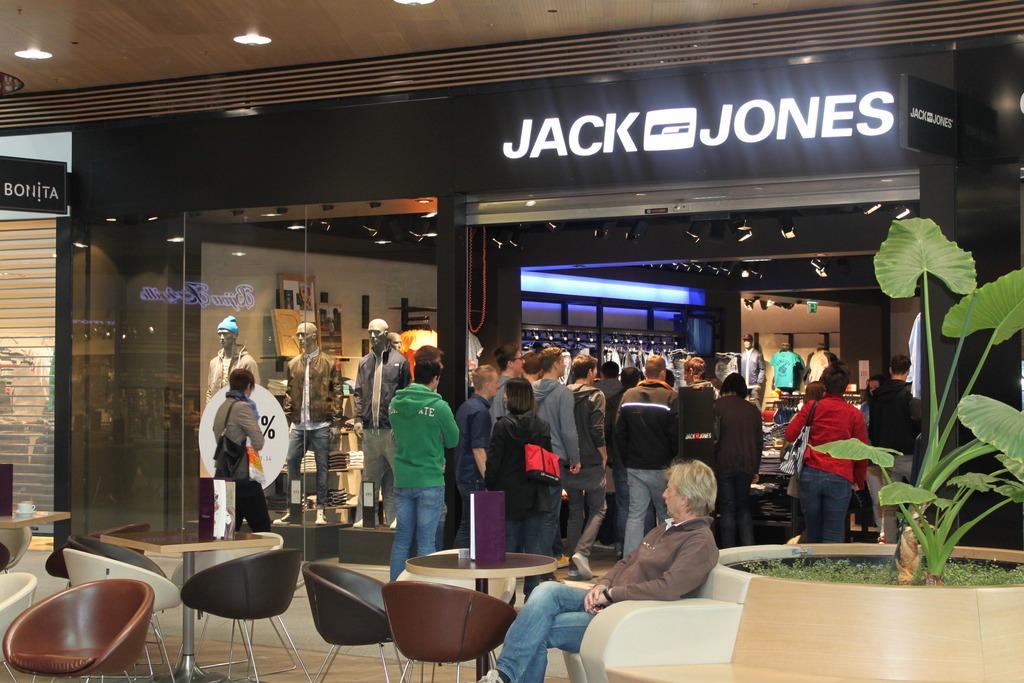 the best attitude best online top quality Neue Shops im eo - Jack & Jones und Tom Tailor Denim - Oberwart