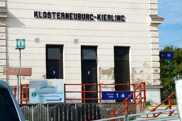 Tierambulanz Kierling Mag Monika Reitner u MMag Susanna