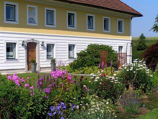 Die Hofgärten im Bezirk Linz-Land laden zu einem Besuch vor Ort ein. Eine Pracht für Gartenliebhaber.