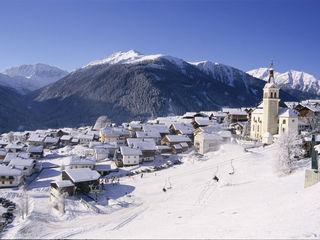 Das winterliche Obertilliach könnte ein Schauplatz des neuen James Bond Streifens werden.