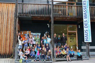 30 Kinder lernten spielerisch die Vielfalt und Kostbarkeit der Ressource Wasser kennen.