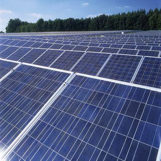 Wenn eine Anlage kaum Strom erzeugt, sollte ein Profi zu Rate gezogen werden.