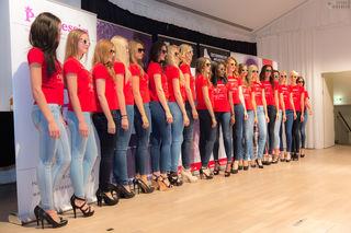 """Teilnehmerinnen des Modelcontests """"Österreichs Nächstes Topmodel"""" (c) Thomas Baucek Photography"""