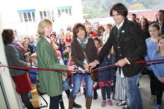 Eröffneten den Kindergarten: GR Monika Rieder, Elfi Taferner und Architekt Karl-Valentin Schwarzl.