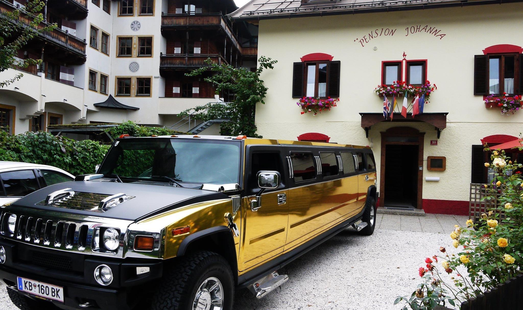 Golden Hummer Limousine - Premiere - Kitzbühel | golden hummer