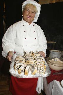 Hausgemachte Mehlspeisen: Nicht nur die Amerikaner dürfen sich darüber freuen. Auch in der Zieglergasse verwöhnt die Chefin ihre Gäste.