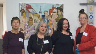 Die drei nominierten Autorinnen C. Teichmann, A. Wolfmayr und B. Stift mit der Annenstraße Weibsbilder Preis-Initiatorin Kerstin Eberhard