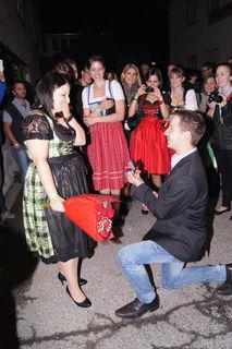 Bernhard Salchner machte seiner Jacqueline Graus einen Heiratsantrag.