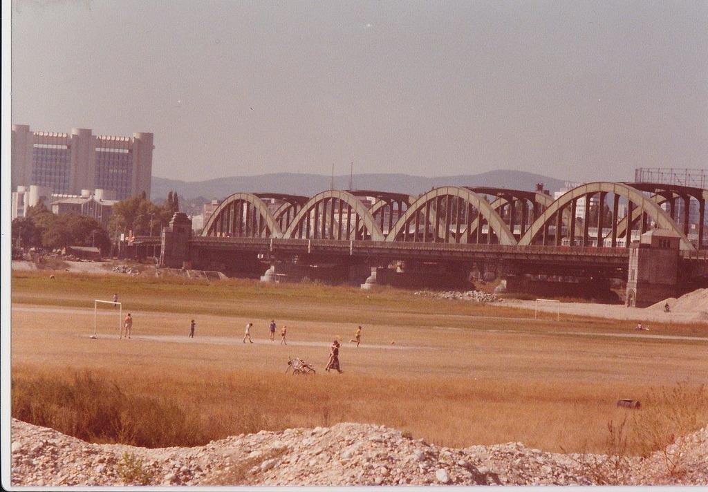 Schnee Von Gestern Auf Der Donauinsel In Den 1970er Jahren