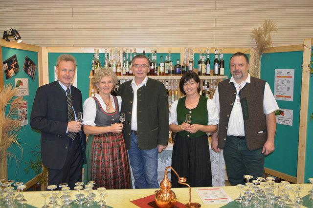 Reiche Frau Sucht Mann Aus Traisen Stadt Partnersuche Aus
