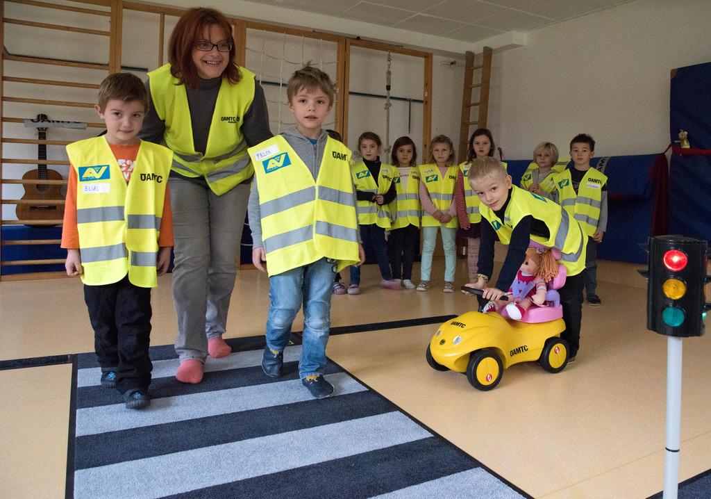Kinder Lernen Das Kleine Straßen 1x1 Linz