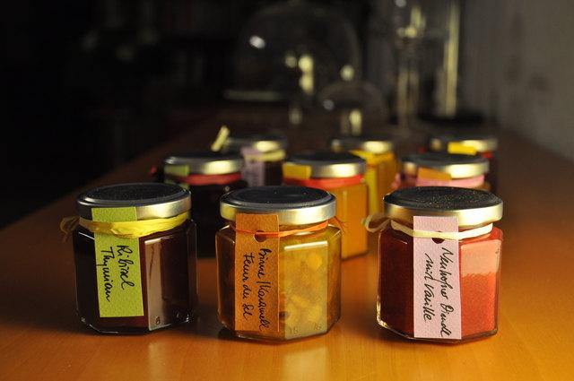 Süße Köstlichkeiten fast geschenkt für den guten Zweck – demnächst in Neuhofen/Krems erhältlich.