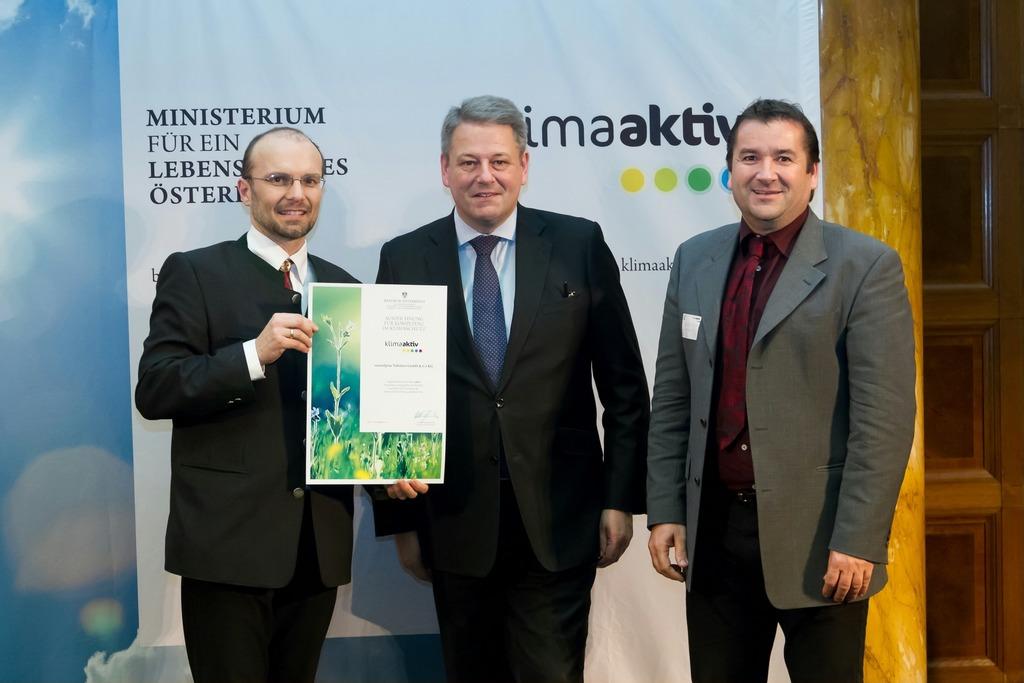 Bundesminister Rupprechter prämiert energieeffiziente Betriebe