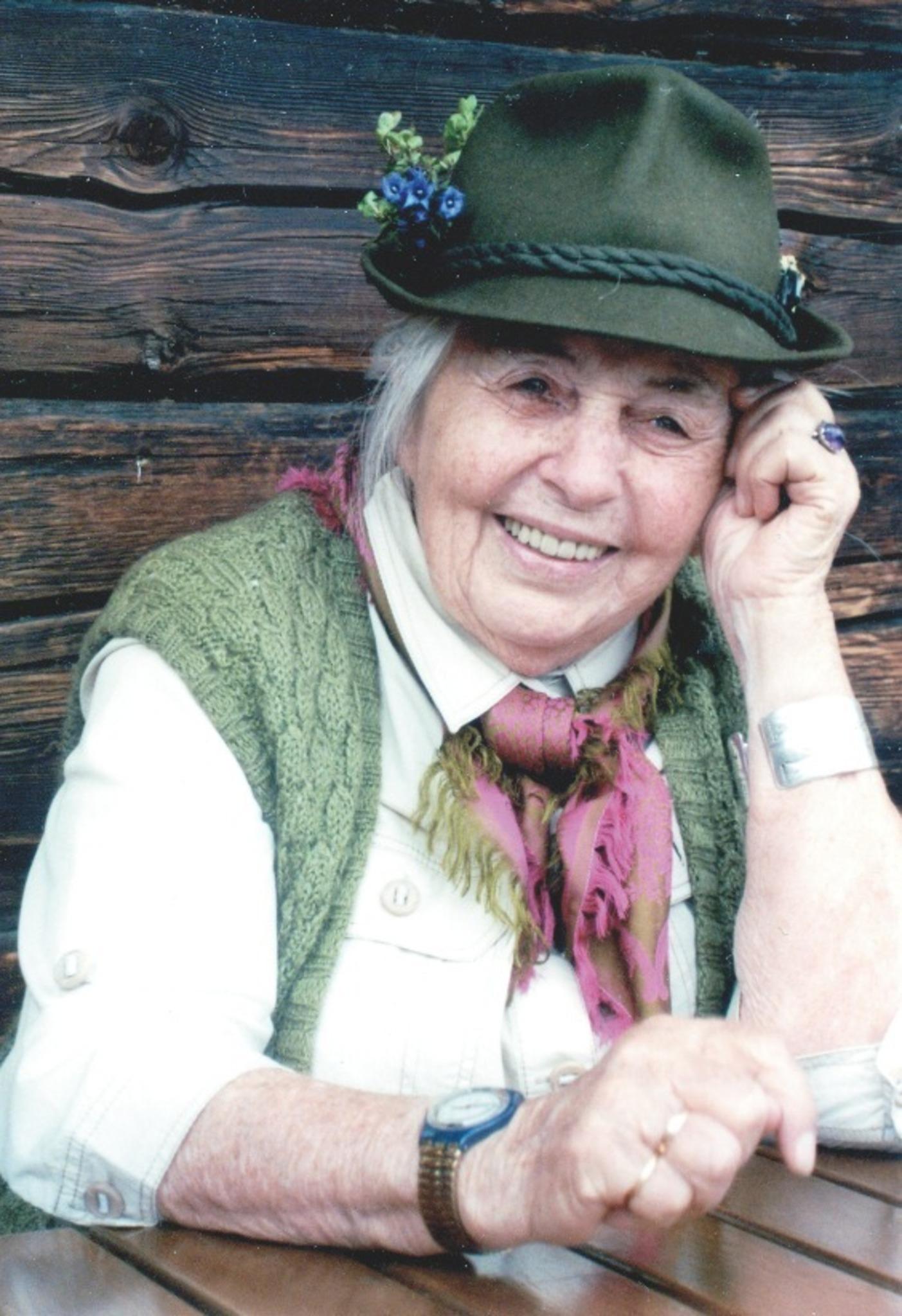 Mit 93 Jahren Noch Im Revier Hildegard Hechenberger Tirols