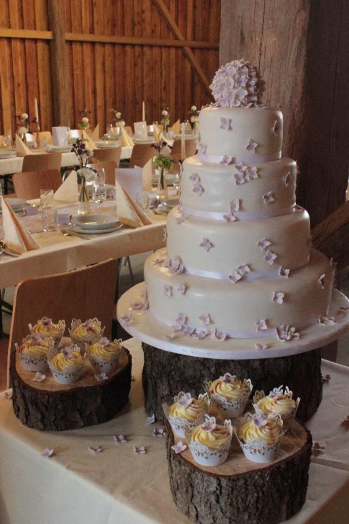 Hochzeitstorte Auch Vegan Glutenfrei Oder Zuckerfrei Meidling