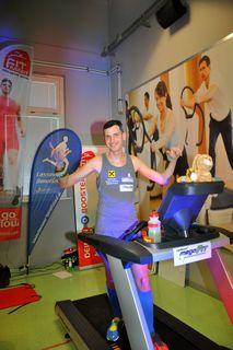 """Rainer Predl hat sich bei seinem Weltrekord am Laufband bereits für den Benefizlauf """"aufgewärmt""""."""