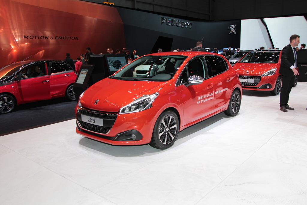 Neuheiten Vom Auto Salon In Genf Peugeot überarbeitet Den 208