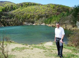 Bürgermeister Martin Schuster will den Perchtoldsdorfer Teich auf Kaltenleutgebener Gemeindegebiet als Naturgebiet und Biotop erhalten.