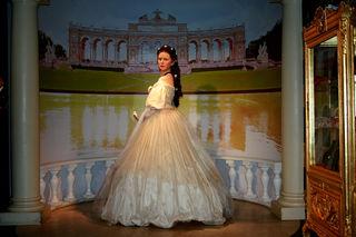 Jeder kennt Sie, Elisabeth Amalie Eugenie, Herzogin in Bayern auch Sisi genannt.