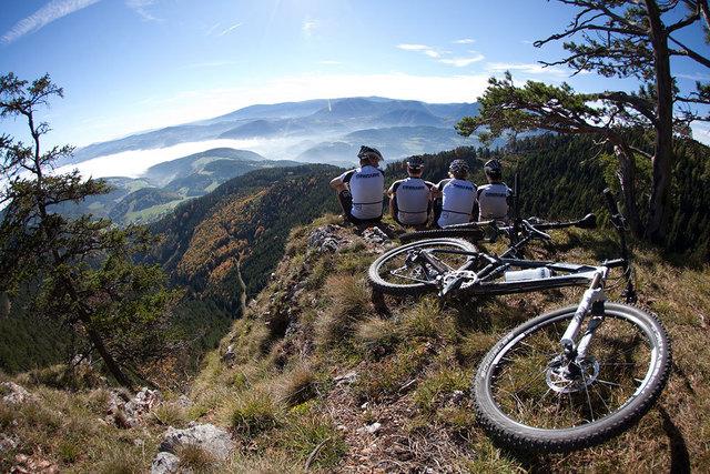 Mountainbiken ist auf den großen Bergen verboten. Nur einzelne Strecken sind für die MTB-Community freigegeben.