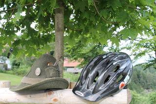Nicht immer zimperlich geht es im Wald zwischen Mountainbikern und Grundbesitzern zu. Die Fronten sind verhärtet.