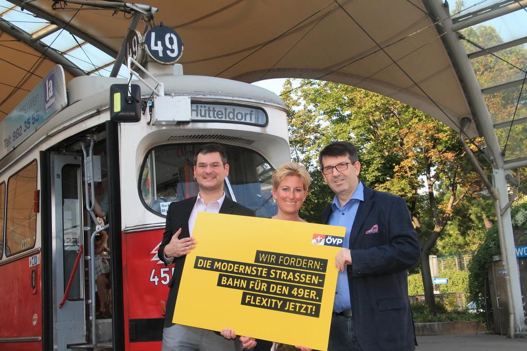Flexity Straßenbahn Zuerst Für Die Linie 49 Gefordert