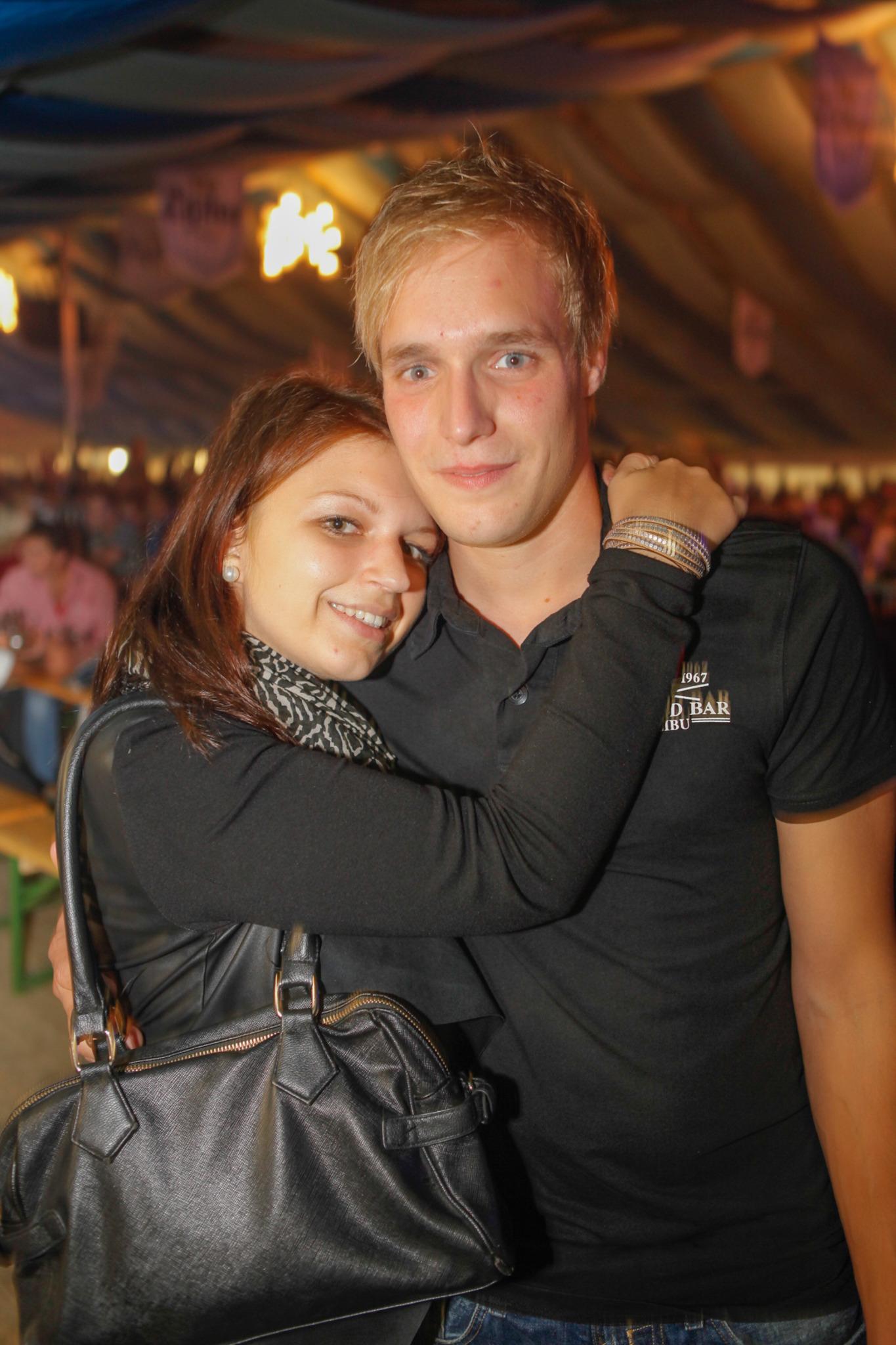 Kontaktanzeigen Lengau | Locanto Dating Lengau
