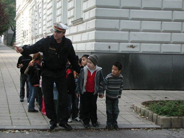 Amras polizisten kennenlernen, Innsbruck singles