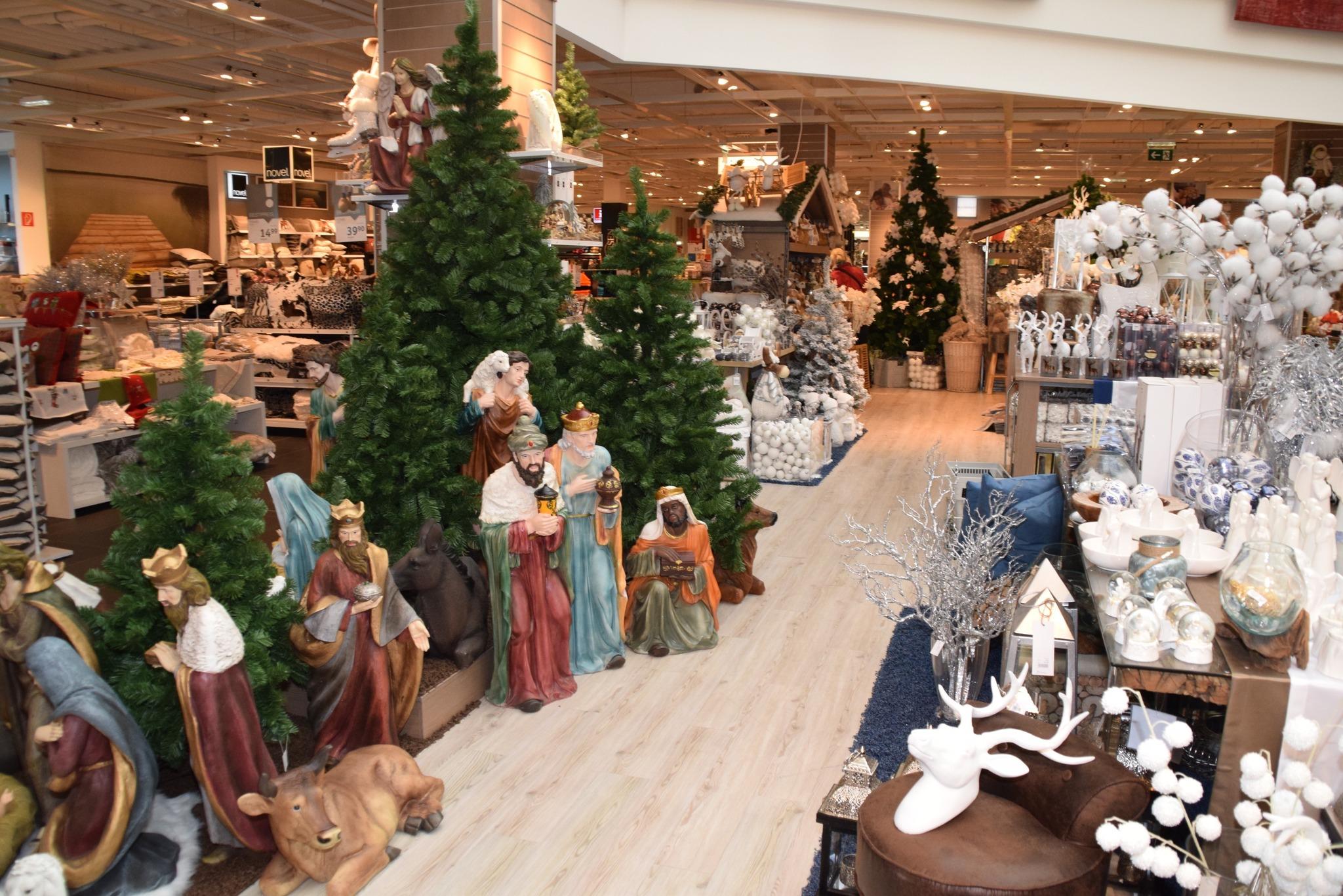 Weihnachtsmarkt Im Xxx Lutz In Unterwart Oberwart