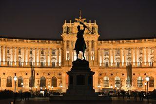 Wir brauchen in der Wiener Hofburg keinen Präsidenten. Sein Amt ist ohne Macht. Foto: meinbezirk.at/Robert Trakl