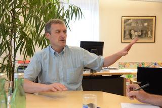 Bürgermeister Karl Rudischer wehrt sich gegen Wiener Erkenntnisse.